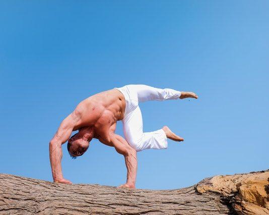 Modi per sviluppare i muscoli in casa